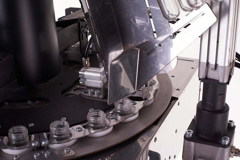 Прибор для производтва ПЭТ Concept 2000 - выдув ПЭТ-тары